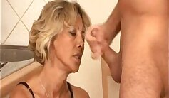Blonde bigard anal mature whore gets fucked