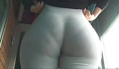 Amateur chick masturbates bare ass and to the side