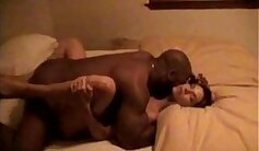Big ass white wife hooks her BBC