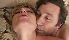 Anally ass-shaking skank enjoys sex
