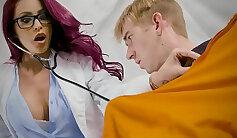 Doctor named Mattie fists his raw hottie prisoner