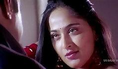 Anushka Shetty hot Saree Changing exposing her body